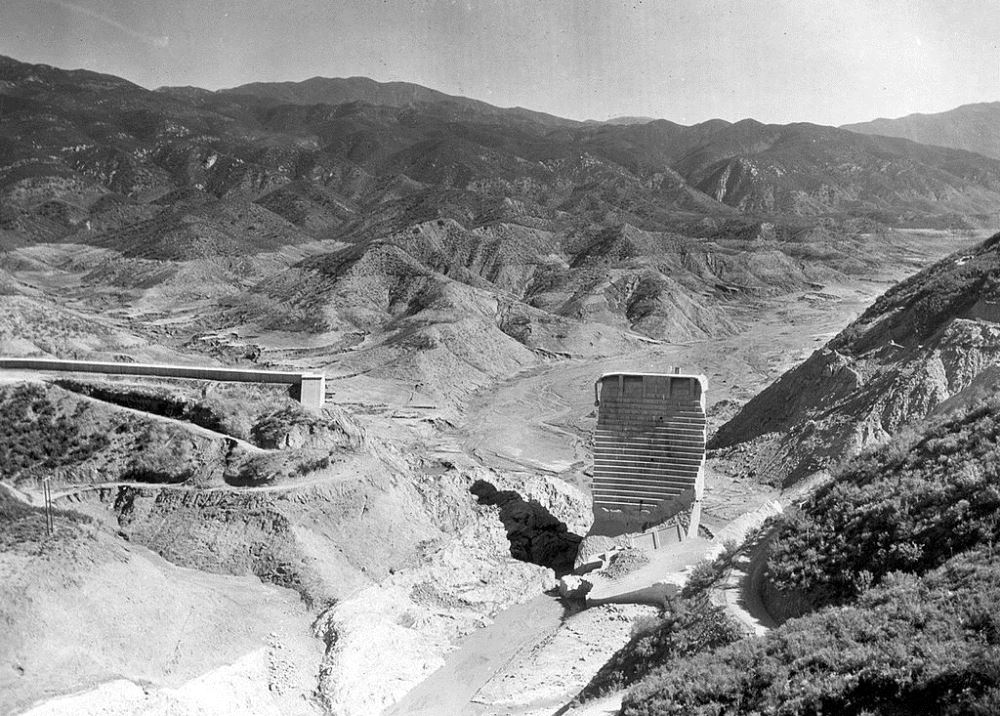 St Francis Dam Tombstone