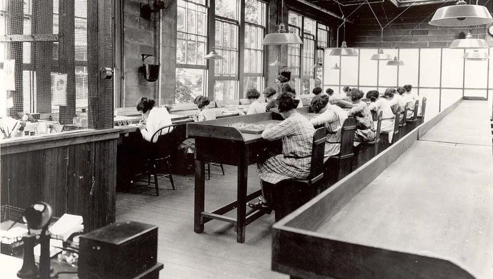 The Radium Girls Painting Dials In A United States Radium Corporation Factory